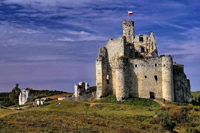 middle-ages-castle.jpg